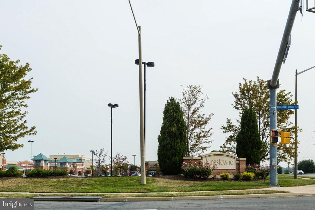 - 5680 TOWER HILL CIR, ALEXANDRIA