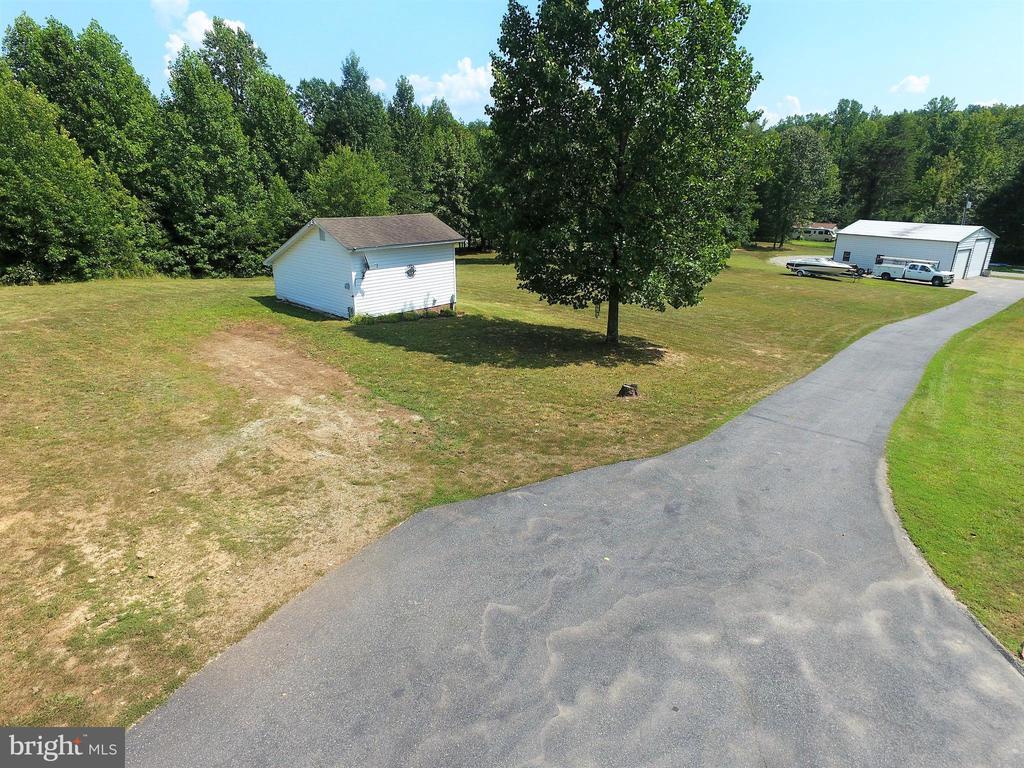 Garden shed has RV hookup! - 6421 ROBINSON RD, SPOTSYLVANIA