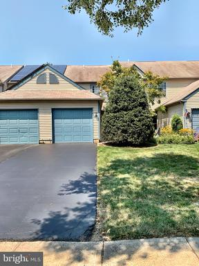 11 WILLOW BEND DR