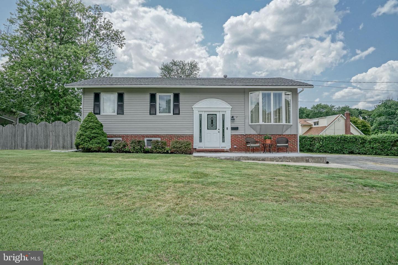 Single Family Homes für Verkauf beim Gibbsboro, New Jersey 08026 Vereinigte Staaten