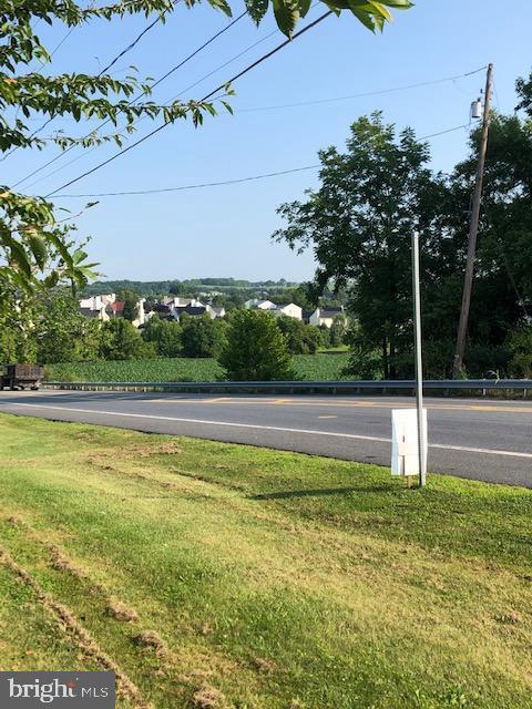 Additional photo for property listing at  Easton, Πενσιλβανια 18042 Ηνωμένες Πολιτείες