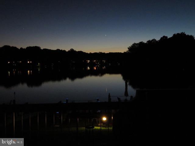 Stunning twilights - 11184 HARBOR CT, RESTON