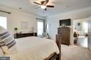 BRIGHT AND SUNNY - 41676 BRANDENSTEIN DR, ALDIE