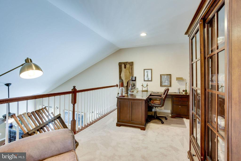 LOFT/OFFICE - 41676 BRANDENSTEIN DR, ALDIE