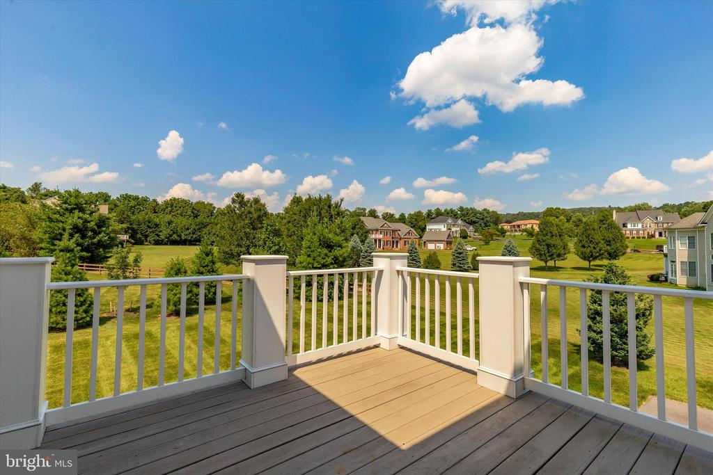The views are breathtaking! - 6902 SOUTHRIDGE PL, MIDDLETOWN