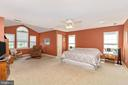 Huge master suite with sitting room - 4126 LARSON LN, MOUNT AIRY