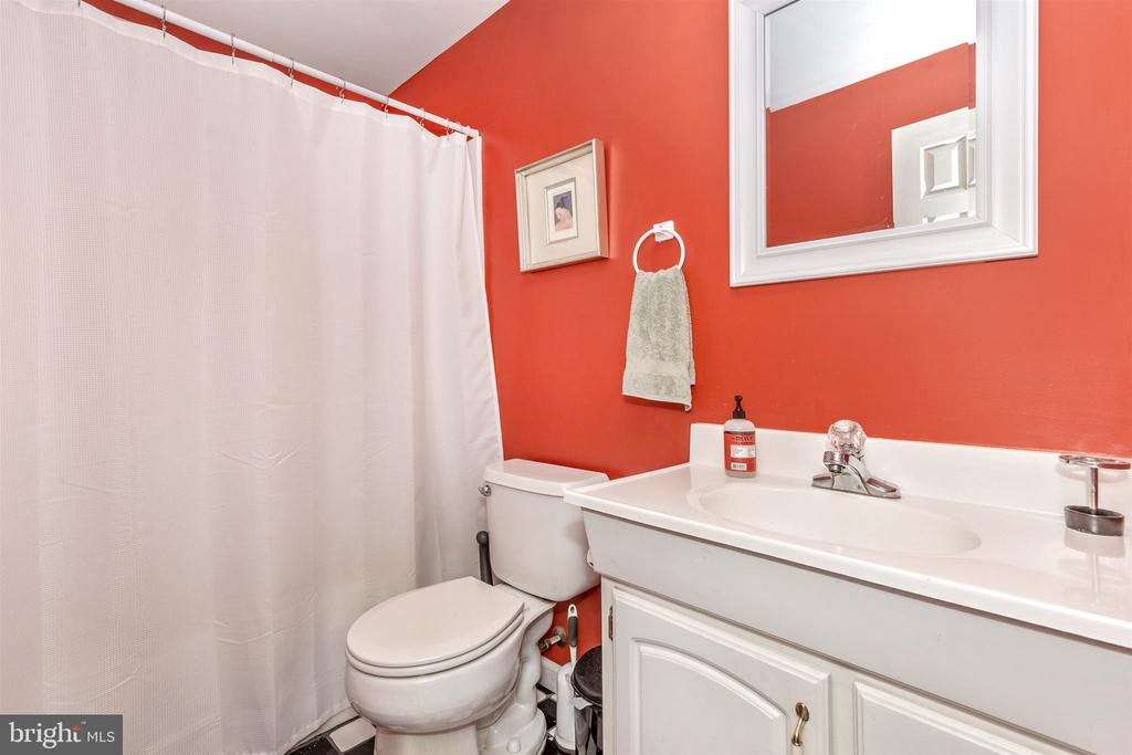 Basement full bath - 4126 LARSON LN, MOUNT AIRY
