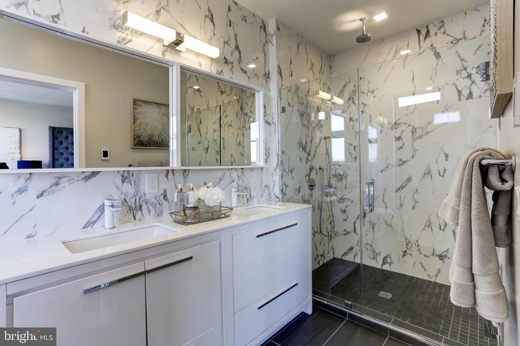 Porcelanosa tile - 1345 K ST SE #PH1, WASHINGTON
