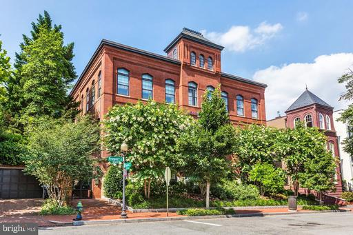 3329 PROSPECT ST NW #6