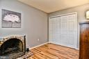 Cozy wood burning fireplace - 10011 DOWNEYS WOOD CT, BURKE