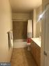 Owners suite bathroom - 11800 OLD GEORGETOWN RD #1208, ROCKVILLE