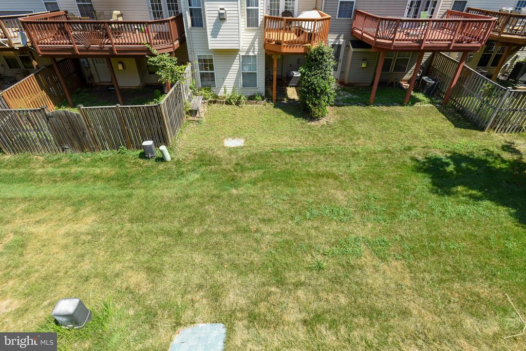 View From Deck - 46705 CAVENDISH SQ, STERLING
