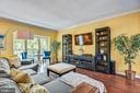 Living Room With Bay Window - 46705 CAVENDISH SQ, STERLING