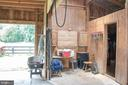 Tack room - 36180 TURKEY ROOST RD, MIDDLEBURG