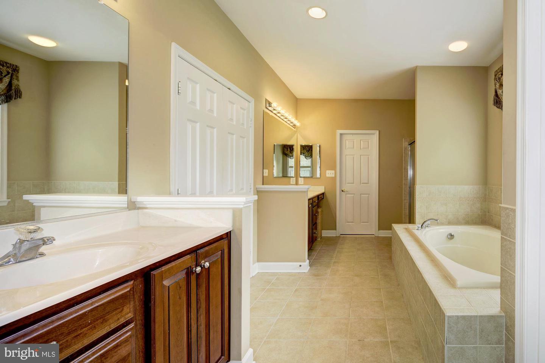 Additional photo for property listing at  Eldersburg, Maryland 21784 Hoa Kỳ