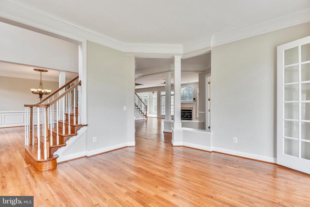 Formal Living Room - 38529 BROADOAK PL, HAMILTON