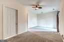 Basement rec room or 4th bedroom - 25288 MCINTYRE SQ, CHANTILLY