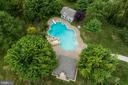 Saltwater Pool with Outdoor Fireplace - 38529 BROADOAK PL, HAMILTON