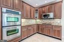 Cherry Cabinets - 43397 BALLANTINE PL, ASHBURN
