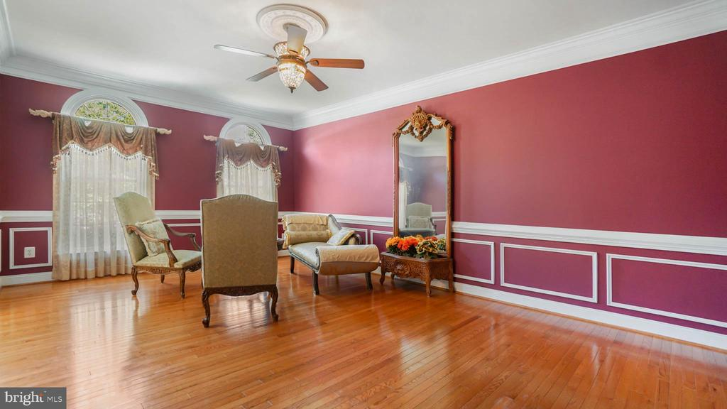 Luxury Living room - 42531 LONGACRE DR, CHANTILLY