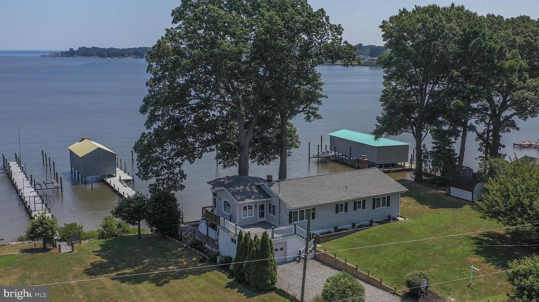 Single Family Homes للـ Sale في Colonial Beach, Virginia 22443 United States