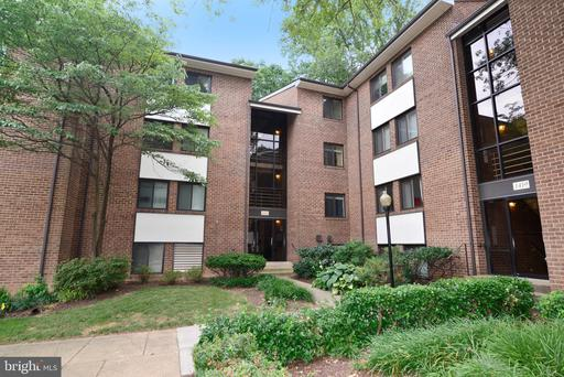 1421 NORTHGATE SQ #22B