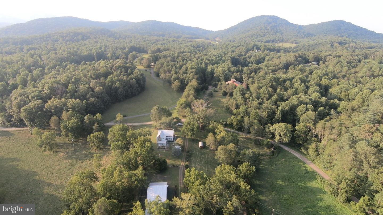 Single Family Homes للـ Sale في Haywood, Virginia 22722 United States