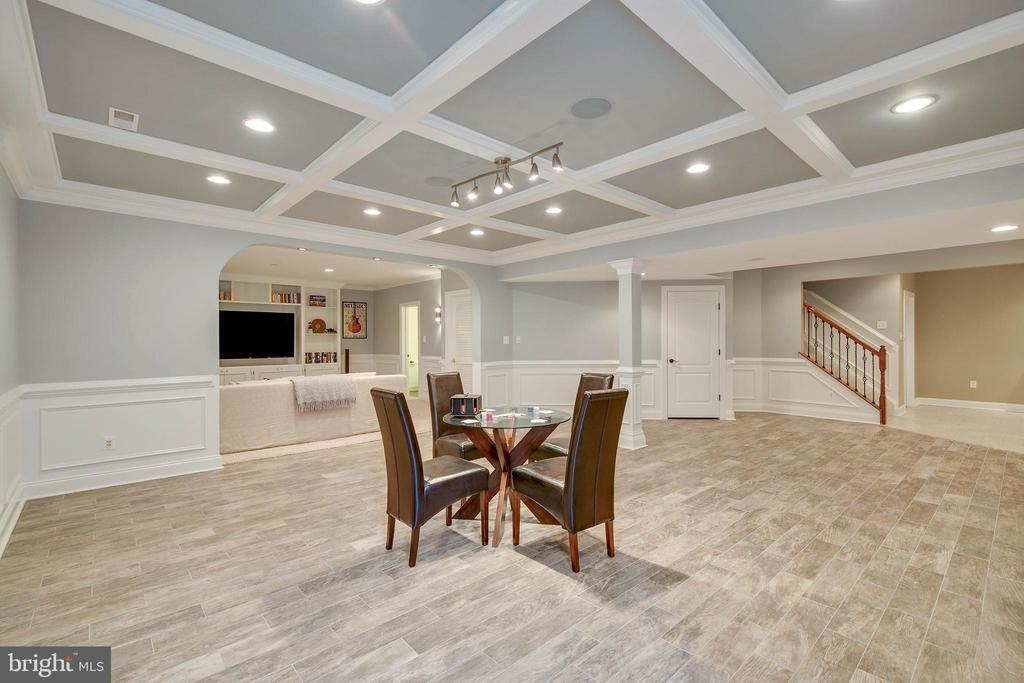 Lower level game area - Space for a pool table - 43353 VESTALS PL, LEESBURG