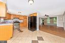Kitchen - 11820 BROWNINGSVILLE RD, MONROVIA