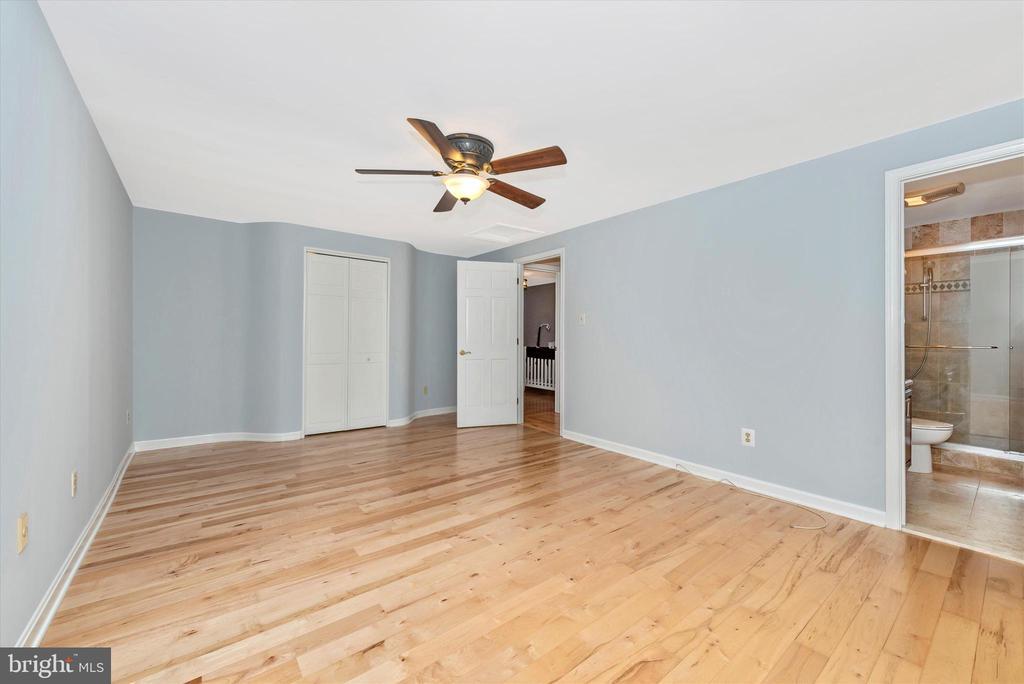 Master Bedroom - 11820 BROWNINGSVILLE RD, MONROVIA