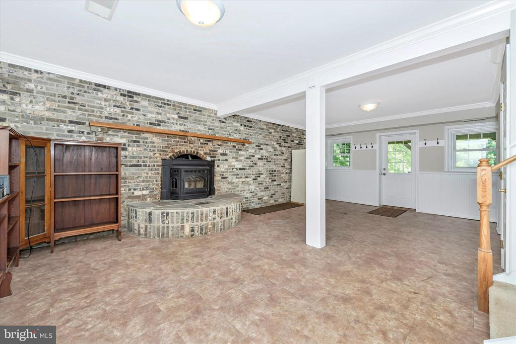 Family Room w/ Pellet Stove-Lower Level 2 - 11820 BROWNINGSVILLE RD, MONROVIA