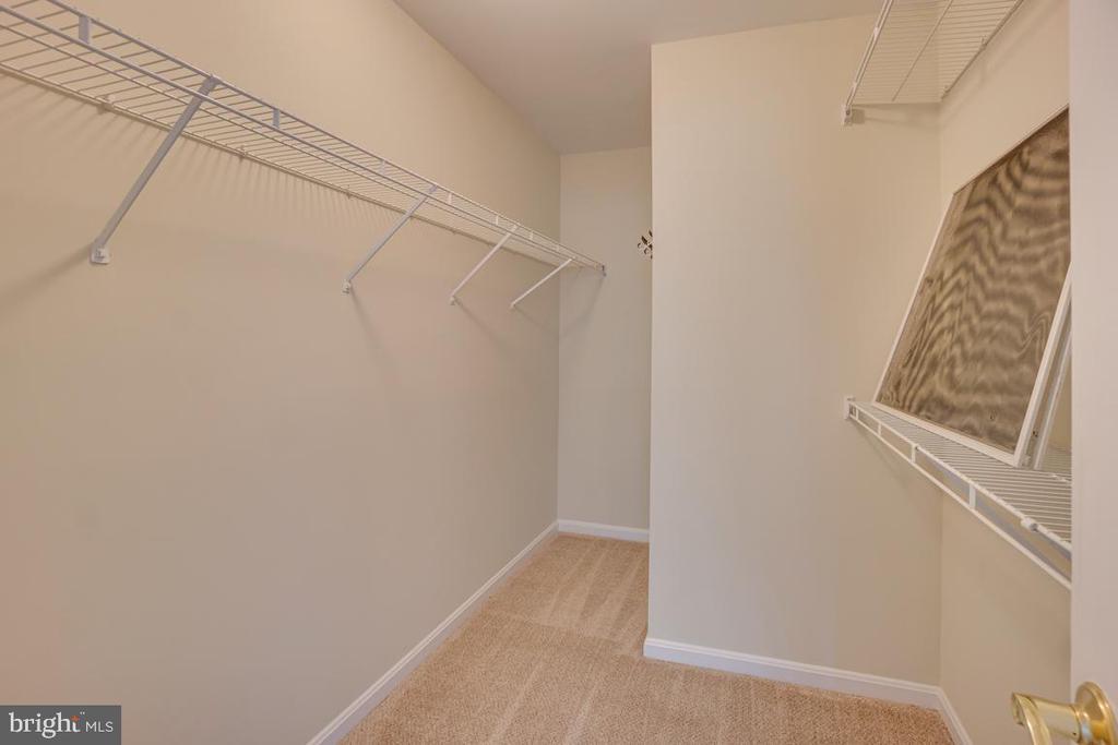 Large Walk-in Closet - 31 FULTON DR, STAFFORD
