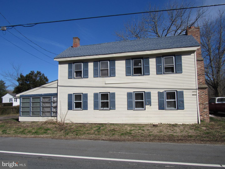 Single Family Homes pour l Vente à Delmont, New Jersey 08314 États-Unis