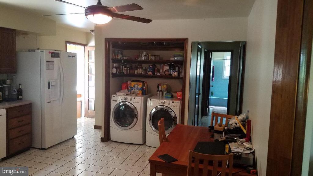 Washer/Dryer - 40228 BRADDOCK RD, ALDIE