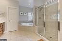 Master Bath - 11896 CHANCEFORD DR, WOODBRIDGE
