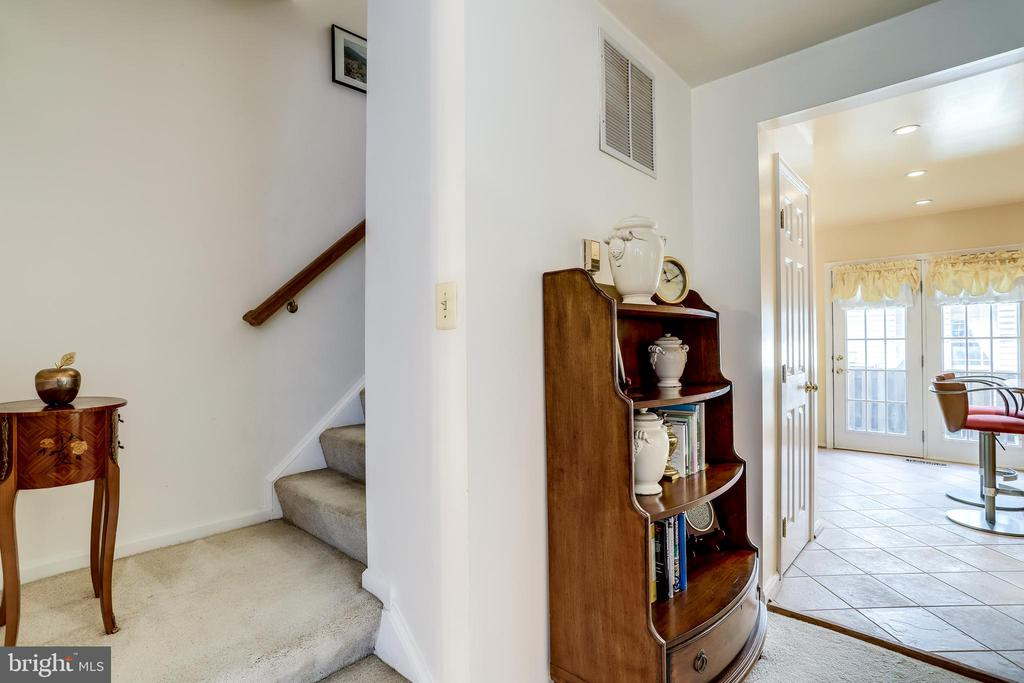 Stairway to 2nd level - 3035 22ND ST S, ARLINGTON