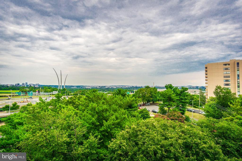 Balcony views! - 1300 ARMY NAVY DR #1009, ARLINGTON