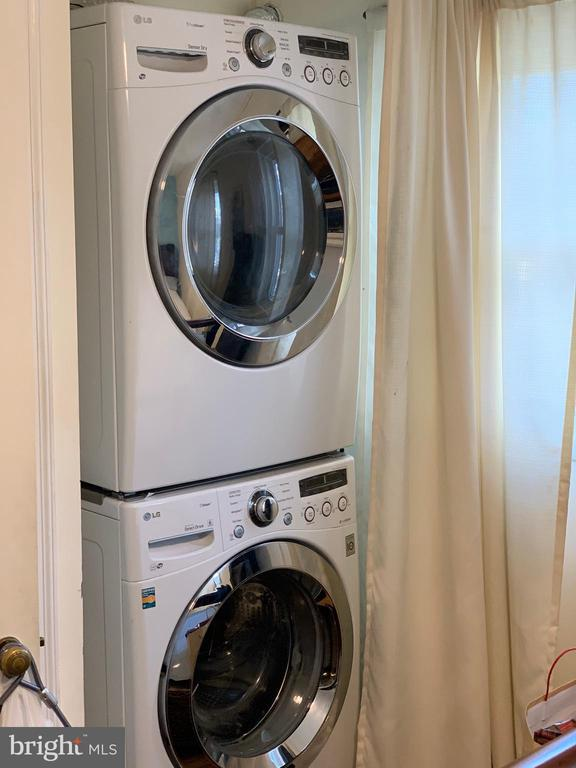 Washer & Dryer - 204 35TH ST NE, WASHINGTON