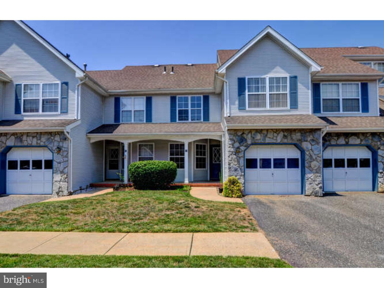 独户住宅 为 出租 在 41 HEATHER Court 南不伦瑞克, 新泽西州 08852 美国在/周边: South Brunswick Township