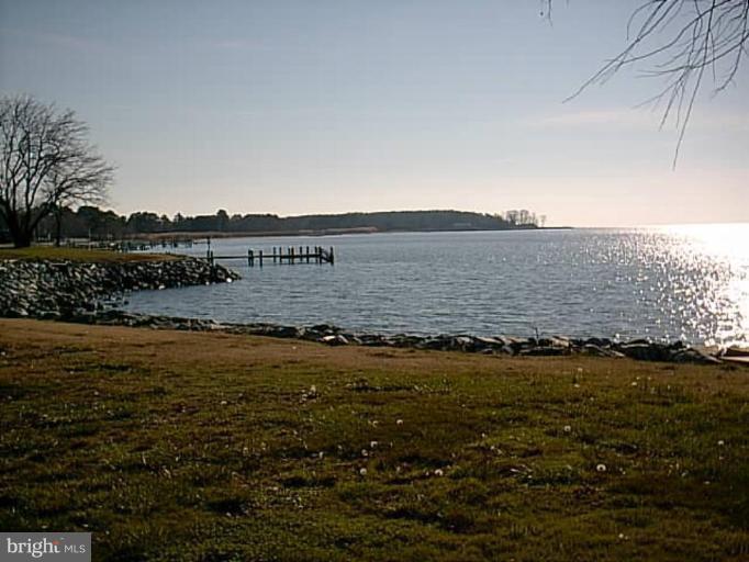 Additional photo for property listing at 13b Leeward Ln  Tilghman, Maryland 21671 United States