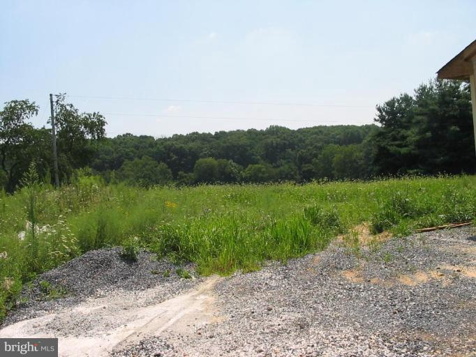 Additional photo for property listing at 3915 Church Rd  Manchester, Maryland 21102 United States