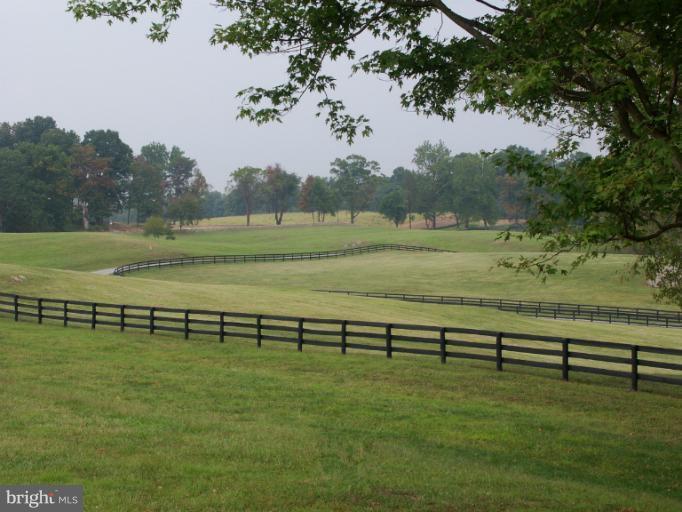 Land for Sale at 36987 Mountville Road 36987 Mountville Road Middleburg, Virginia 20117 United States