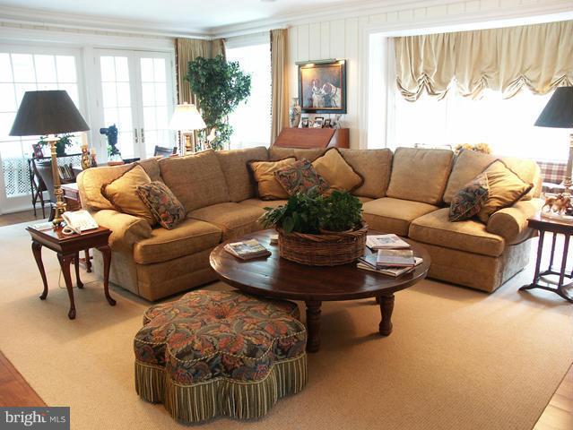 Living Room - 36987 MOUNTVILLE RD, MIDDLEBURG