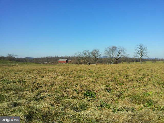 Additional photo for property listing at Sedona Ct  Martinsburg, West Virginia 25403 United States