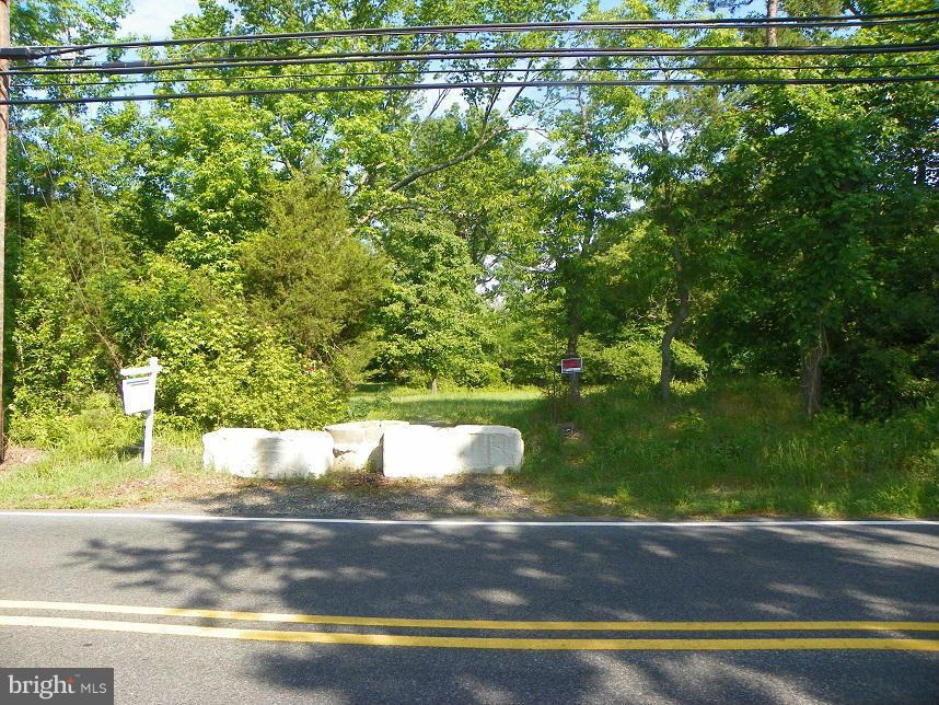 Land for Sale at 11901 Old Fort Rd Fort Washington, Maryland 20744 United States