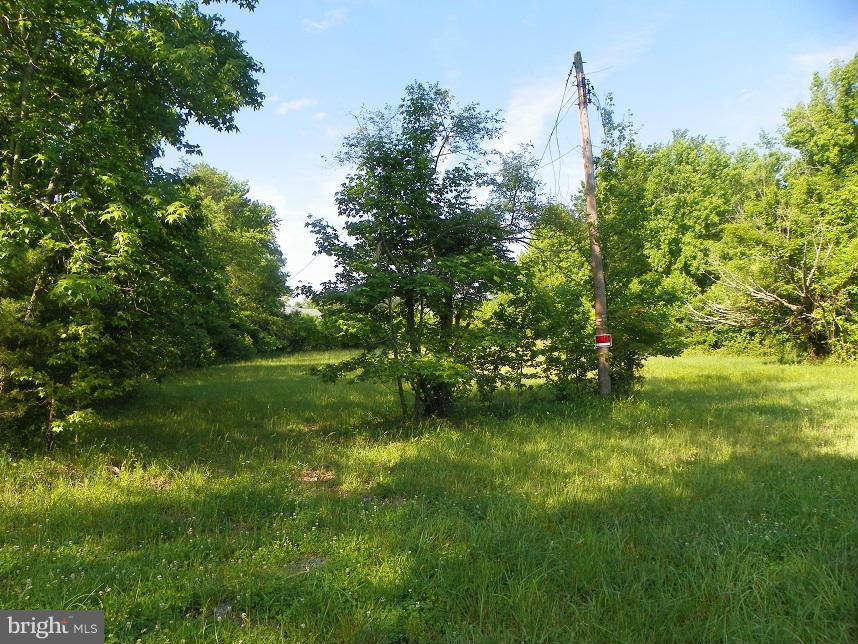 Additional photo for property listing at 11901 Old Fort Rd  Fort Washington, Maryland 20744 United States