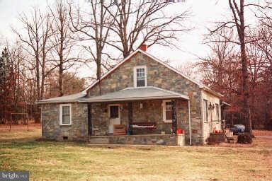 Photo of home for sale at 5 Big Spring Lane Road, Stafford VA