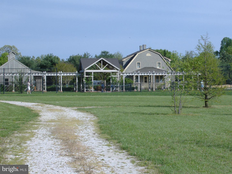 Additional photo for property listing at 7112 Edmond Ave  Easton, Maryland 21601 United States