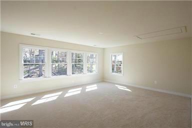 Model Home Bonus Room or 5th Bedroom - 6112 COLCHESTER RD, FAIRFAX