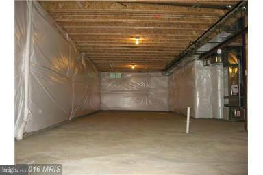 Very Large unfinished Basement can have RR, BA, BR - 6112 COLCHESTER RD, FAIRFAX